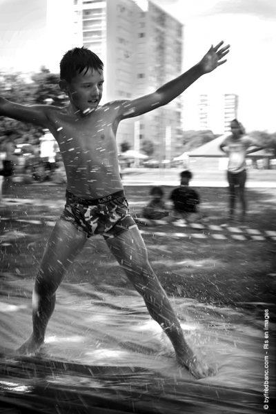 Dans le cadre de Ris en images, un reportage sur la fête de fin d'été de la ville de Ris-Orangis
